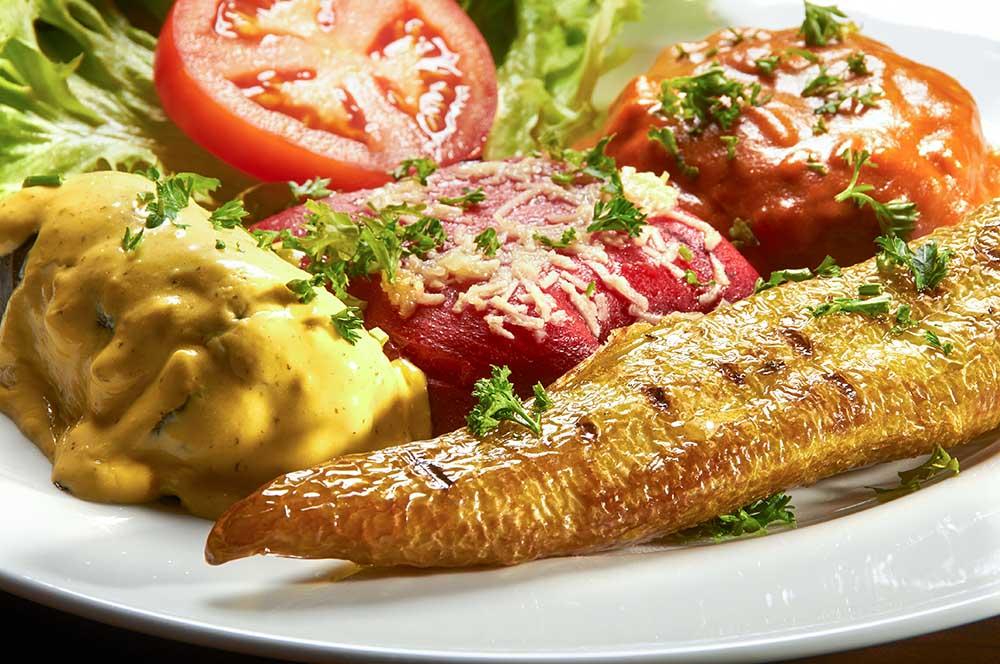 Warme Vorspeisenplatte im griechischen Restaurant Syrtaki Bocholt